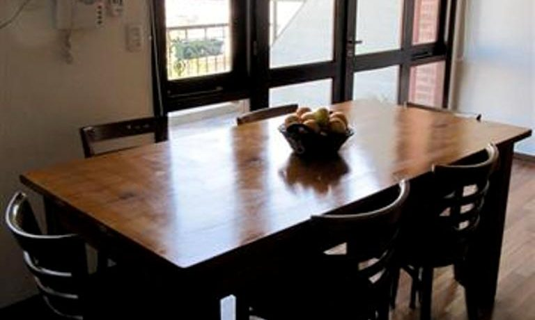 10-table-small