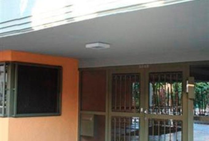 16-bldg-entrance