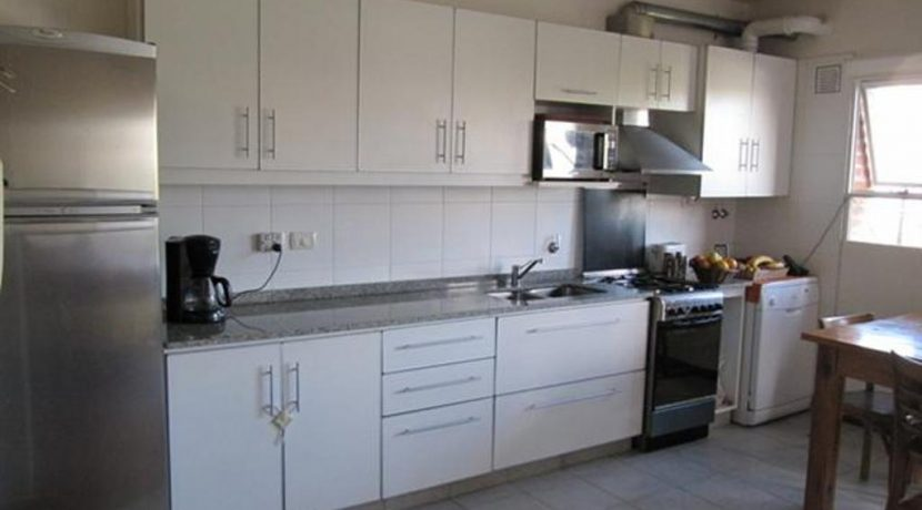 8-kitchen-small