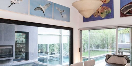 Contemporary and Luxury House in Belgrano with lots of privacy For Sale/For Rent