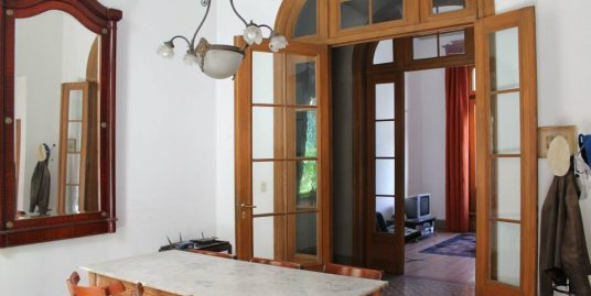 3 bedroom house in one of San Telmo`s nicest Pasages.