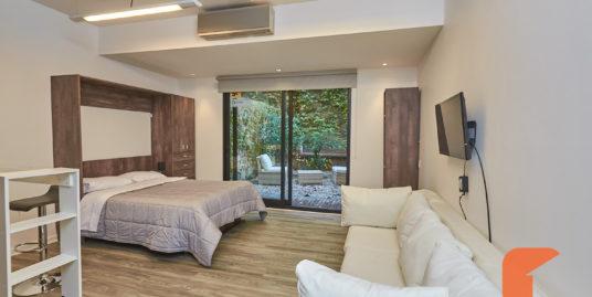 Live Hotel Cozy Studio with patio upto 3 guests